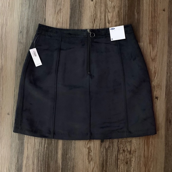 9f9cb34ad Old Navy Faux-Suede Utility A-Line Mini Skirt. NWT. Old Navy.  M_5c02df03de6f626e0edd2421. M_5c36a810a5d7c6bf6628dfdf.  M_5c36a813aaa5b80dc6c1d1ea